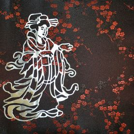Metal art, geisha